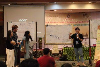Les jeunes ont travaillé en groupe sur des missions variées.