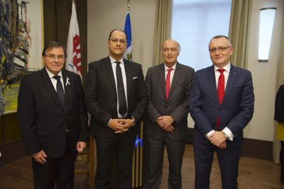 De gauche à droite : Guy Breton, Recteur de l'Université de Montréal ; Slim Khalbous, nouveau Recteur de l'AUF ; Jean-Paul de Gaudemar, Recteur de l'AUF de décembre 2015 à décembre 2019 ; Sorin Mihai Cîmpeanu, Président de l'AUF